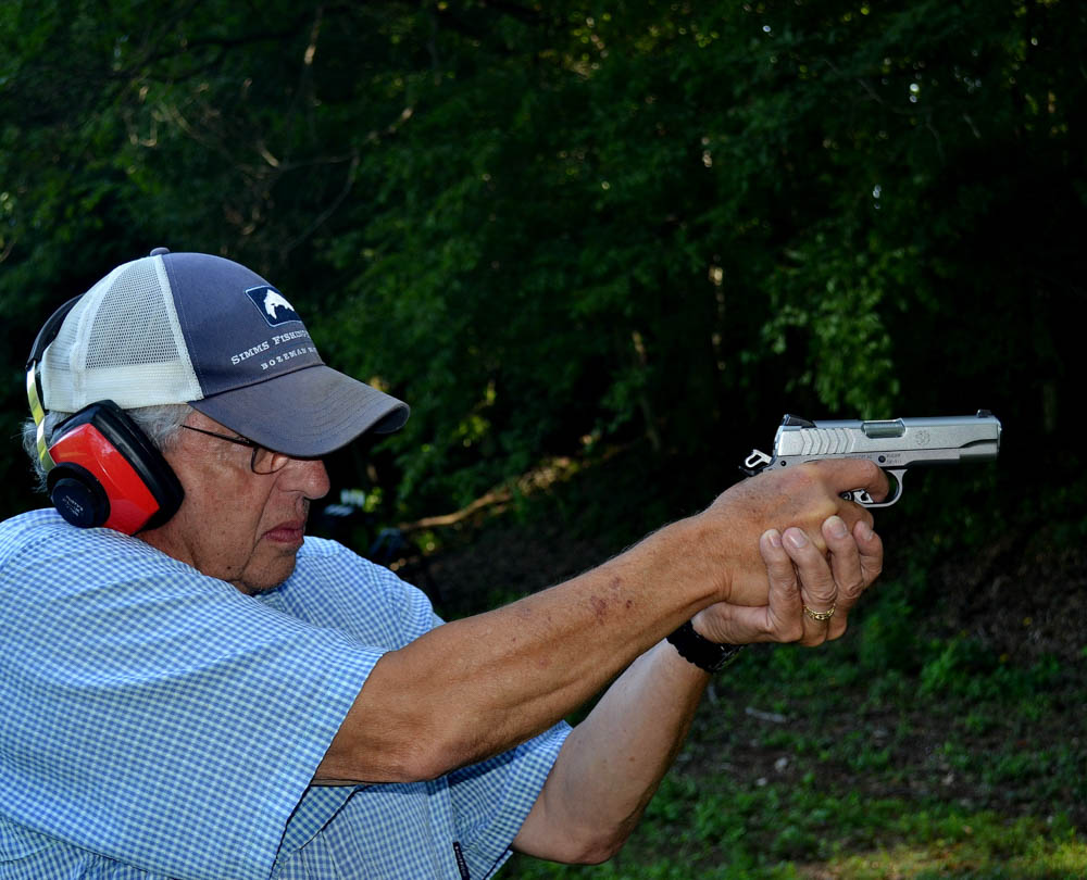 Ruger 1911 being tested and reviewed