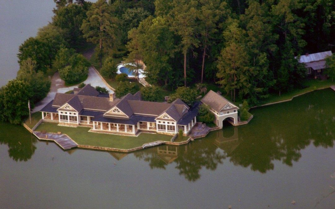 Outdoor icon Ray Scott sells historic bass fishing property