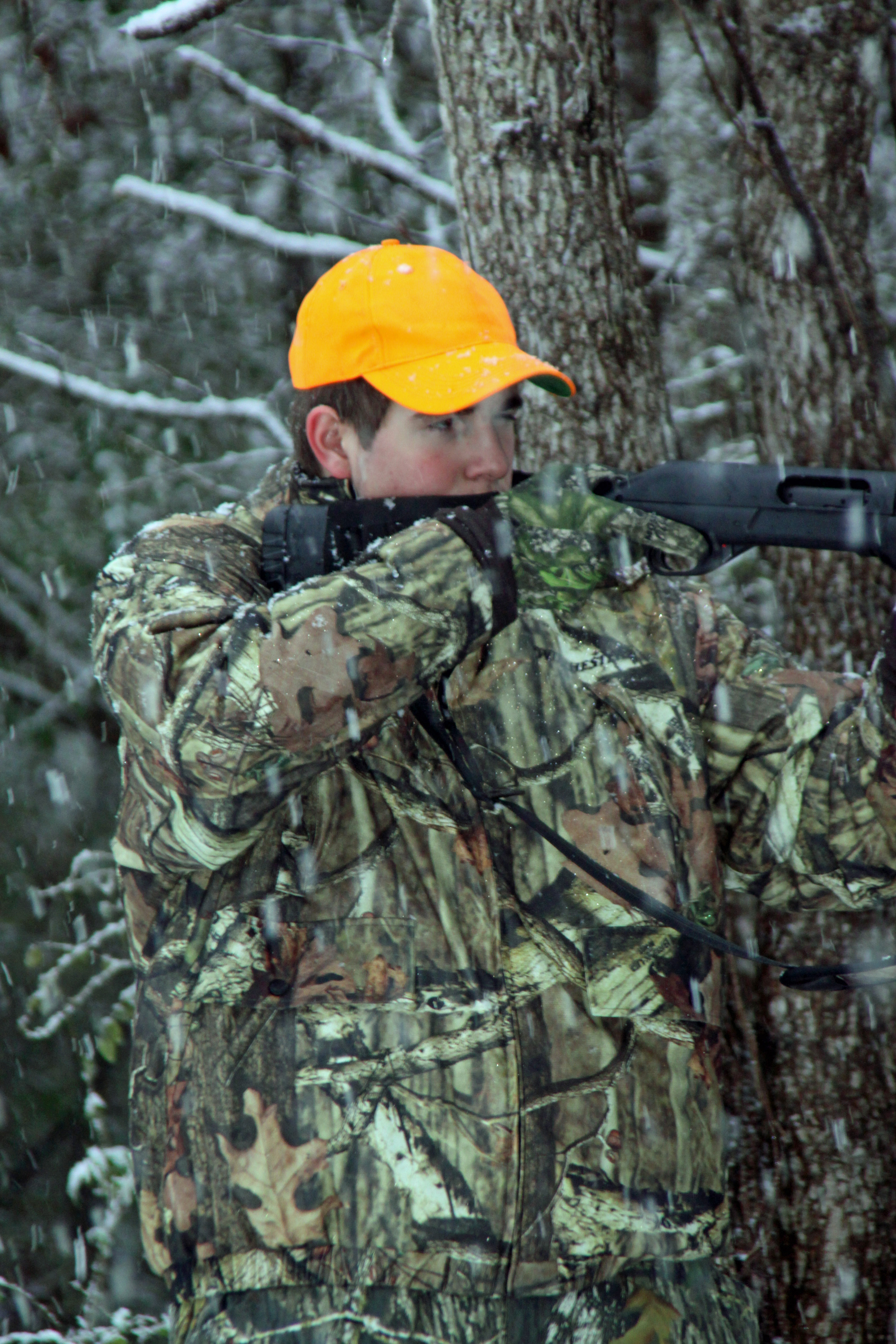 Avoid crowds and watch the weather to have success deer hunting late in the season.