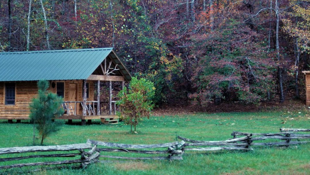 Simple Hunting Cabin Plans – DIY or Find a Builder?