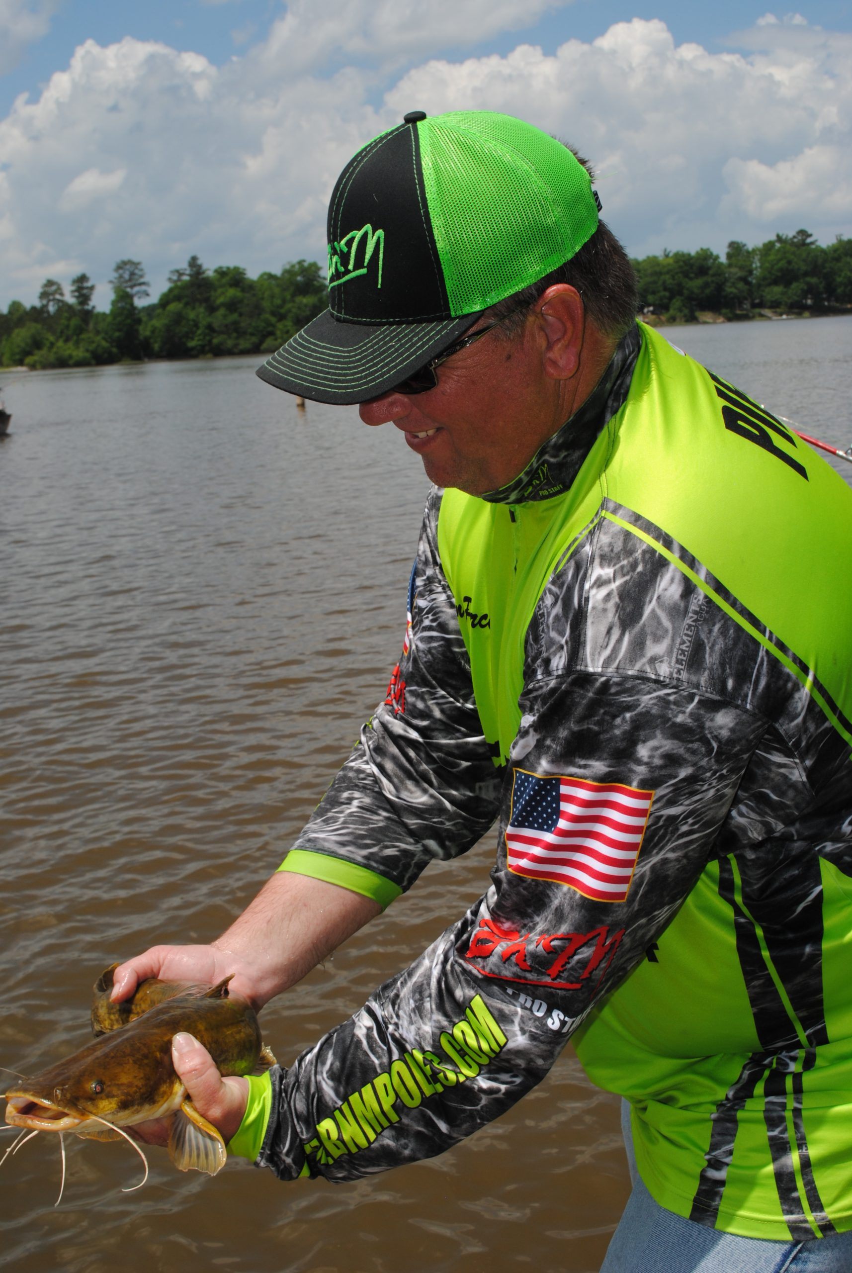 river catfish fishing